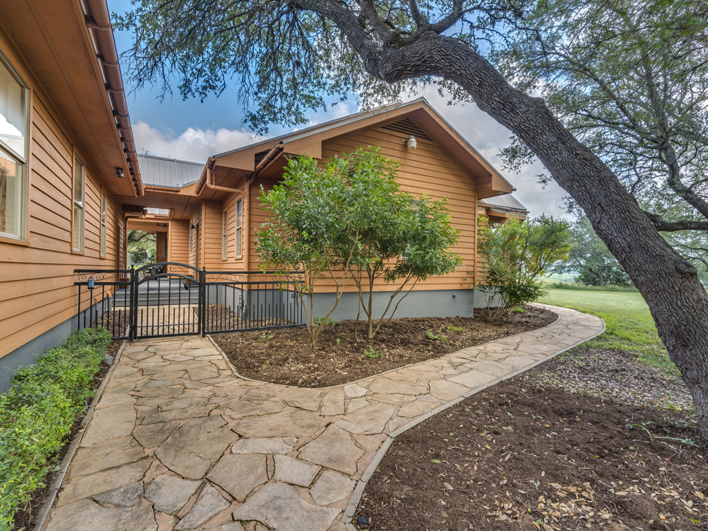13005 Winding Creek 10
