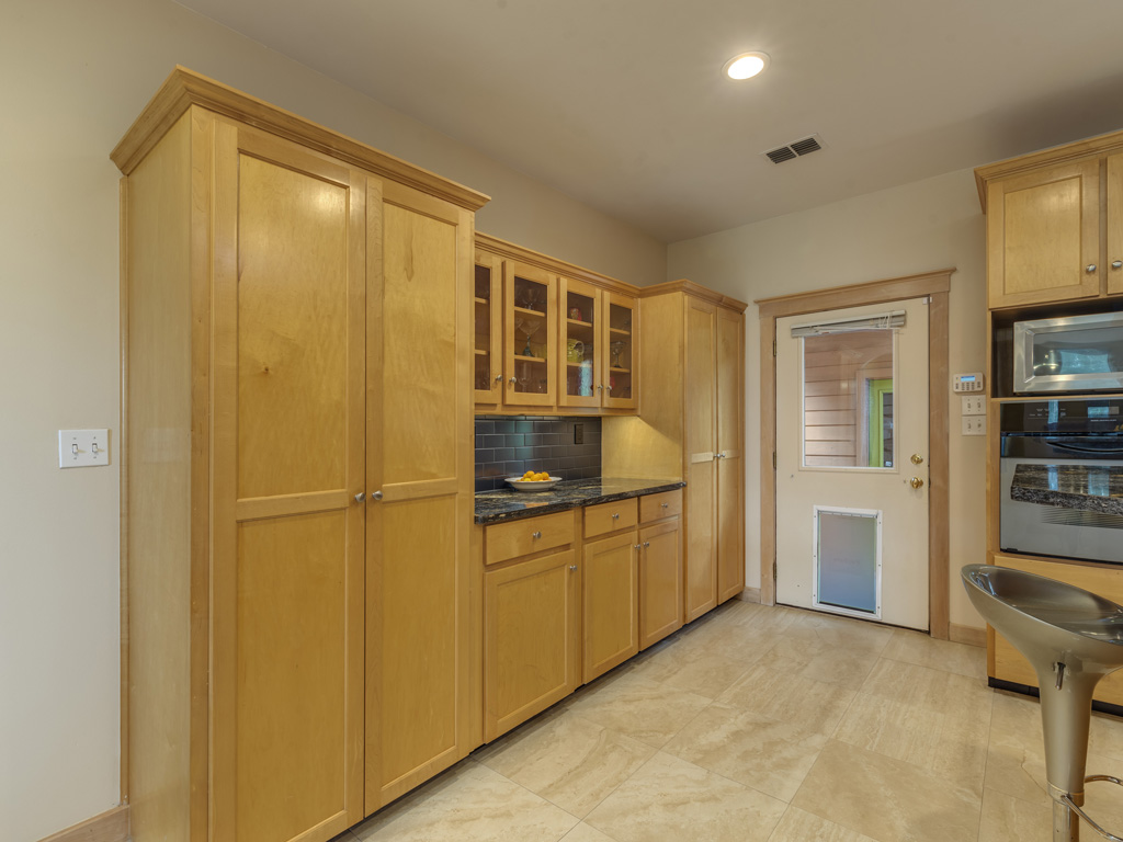 13005 Winding Creek 18