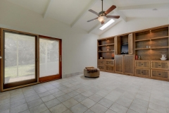 7705 Long Point Dr 04