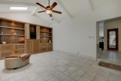 7705 Long Point Dr 05