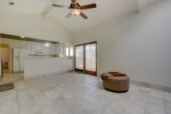 7705 Long Point Dr 06