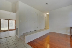7705 Long Point Dr 09