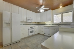 7705 Long Point Dr 13