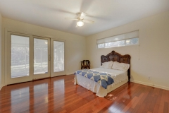 7705 Long Point Dr 16