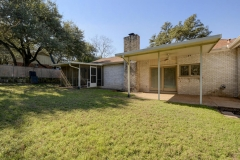7705 Long Point Dr 27