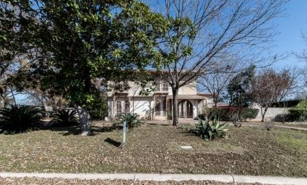 SOLD – 1912 Crooked Ln, Austin, TX 78741 – Colorado Hills Estates