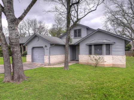 SOLD – 5500 China Berry Rd, Austin, TX 78744 – Williamson Creek