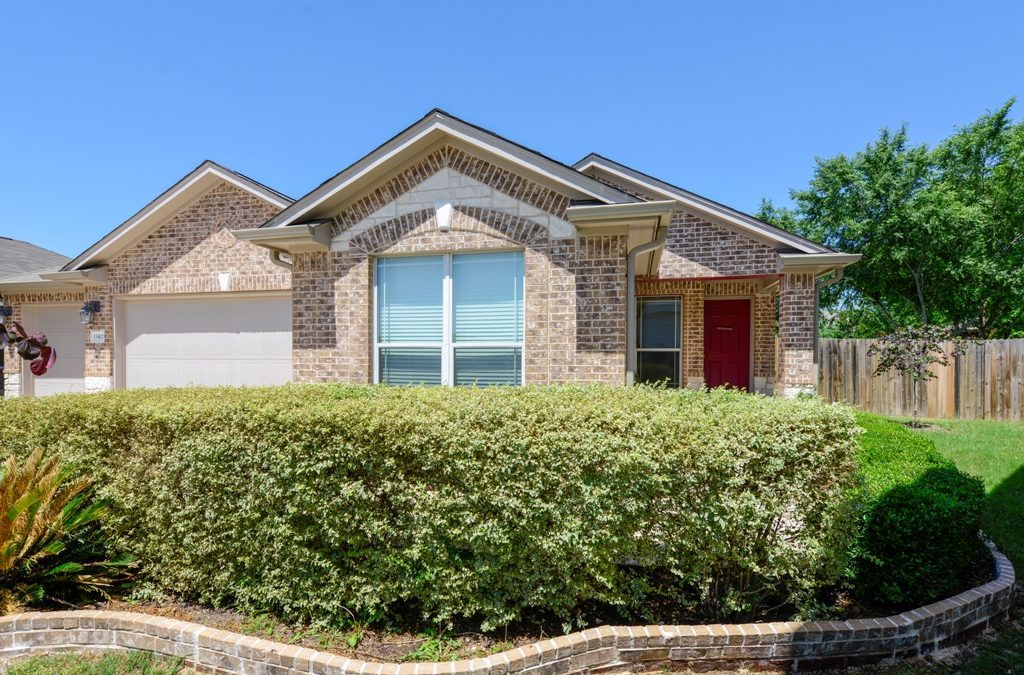 13412 Indian Oak Bend, Manor, TX 78653 – Carriage Hills