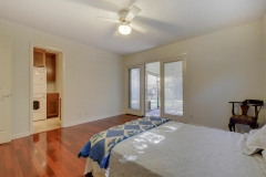7705 Long Point Dr 17