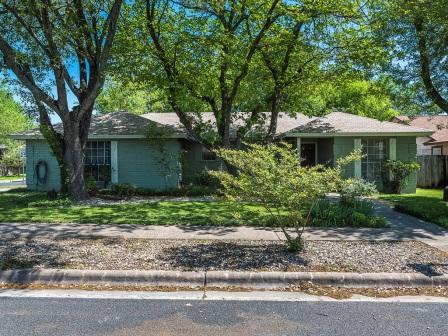 SOLD – 12611 Lamplight Village Ave, Austin, TX 78727