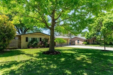 SOLD – 2711 Greenlawn Pkwy, Austin, TX 78757 – Allandale Park