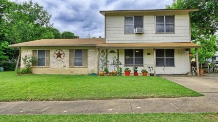 SOLD – 2217 Palmera Cv, Austin, TX 78744 – Peppertree Park