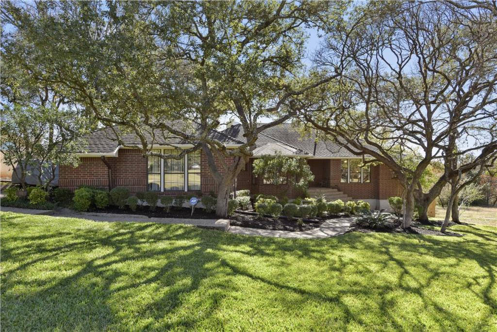 SOLD – 3233 Doe Run, Austin, TX 78748 – Shady Hollow