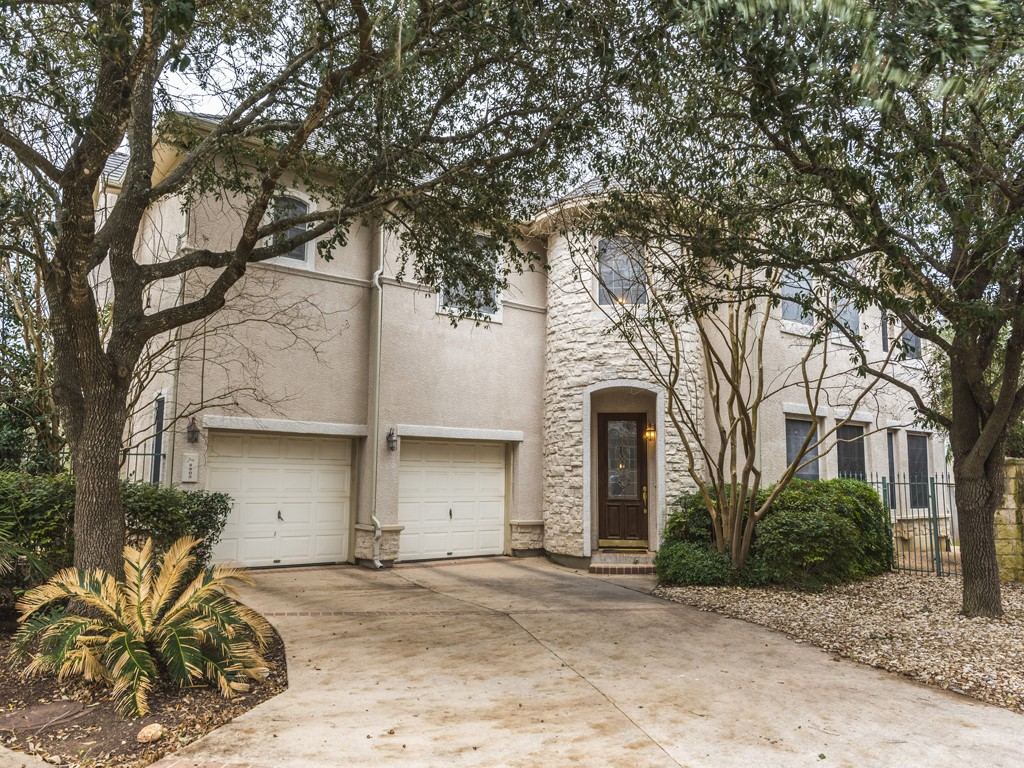SOLD – 3902 Gaines Ct, Austin, TX 78735 – Courtyard at Gaines Ranch
