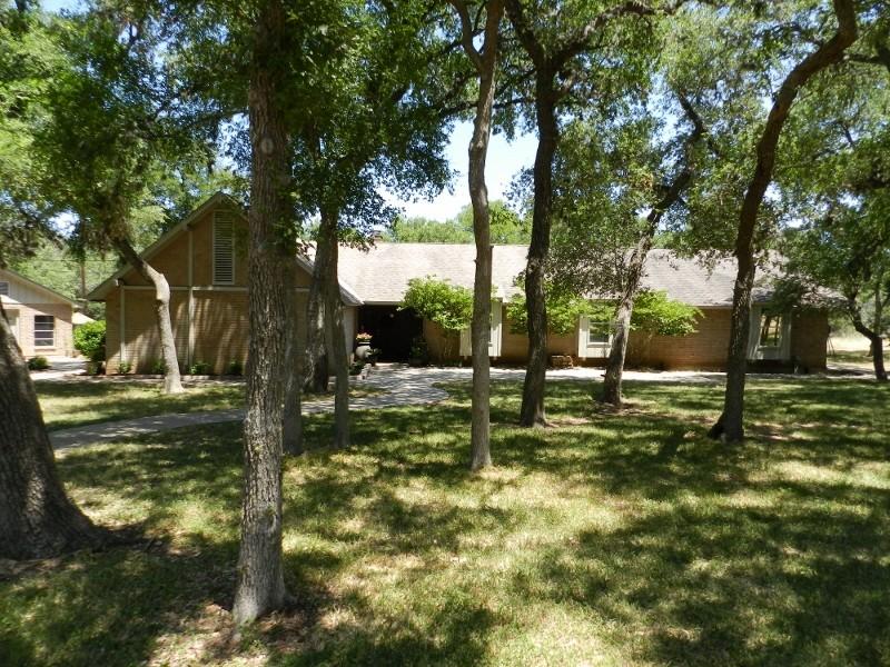 SOLD – 2715 Arroyo Doble, San Marcos, TX 78666 – Siesta Verde