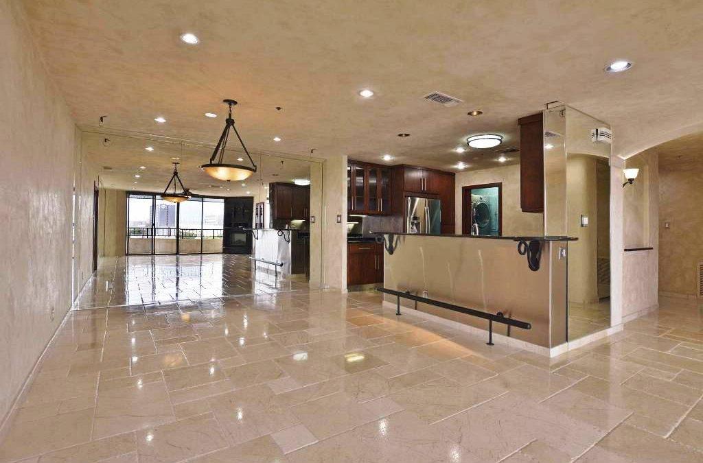 40 N Interstate 35 #12C2, Austin, TX 78701 – Towers of Town Lake