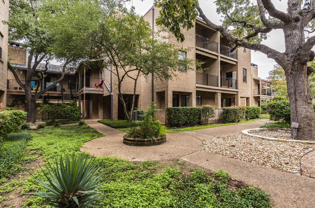 SOLD – 611 E 45th St #15, Austin, TX 78751 – Quadrangle Condos