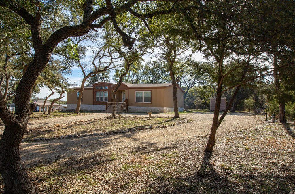 SOLD – 891 Jennifer Ln, Driftwood, TX 78619 – Rolling Oaks Ranch
