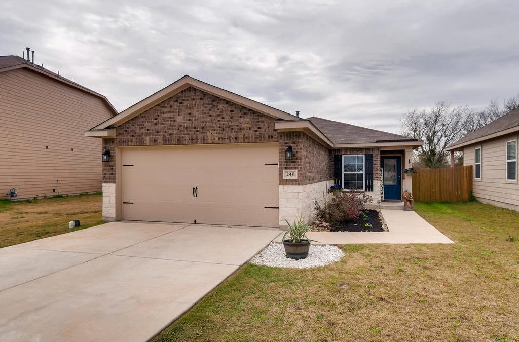 SOLD – 240 Isabel Ln, Kyle, TX 78640 – Bunton Creek