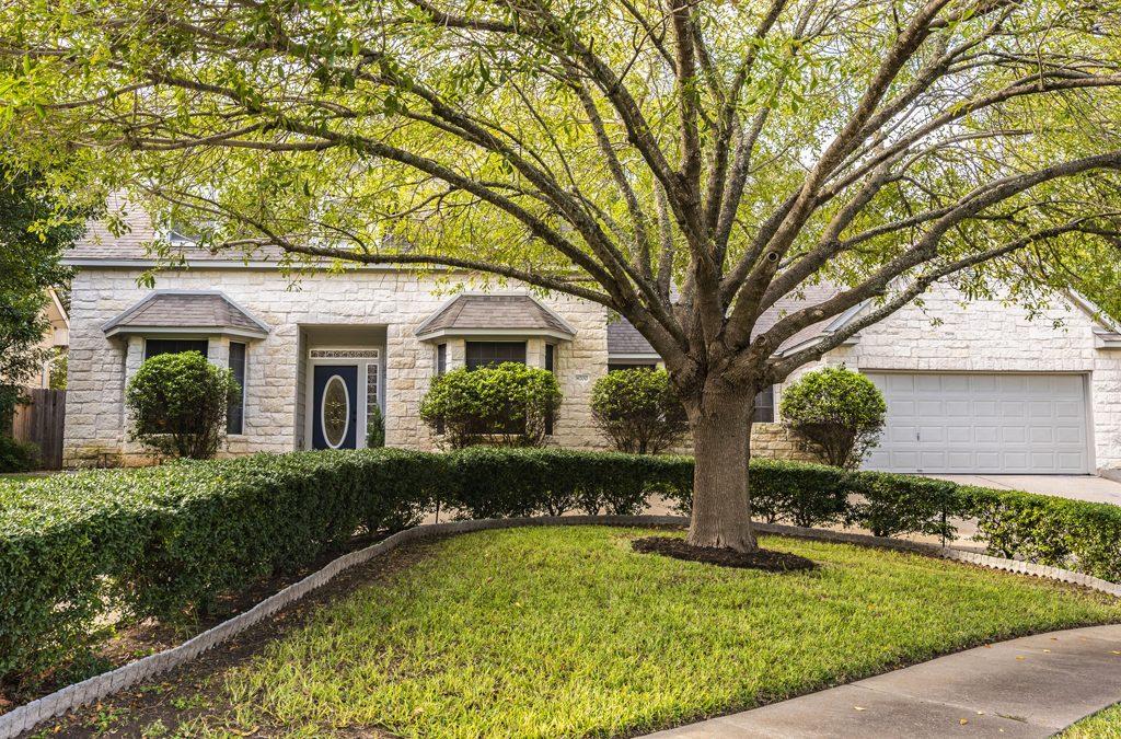 8700 Mosquero Cir, Austin, TX 78748 – Davis Hill Estates