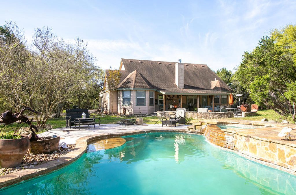 1101 N Rainbow Ranch Rd, Wimberley, TX 78676 – Rainbows End