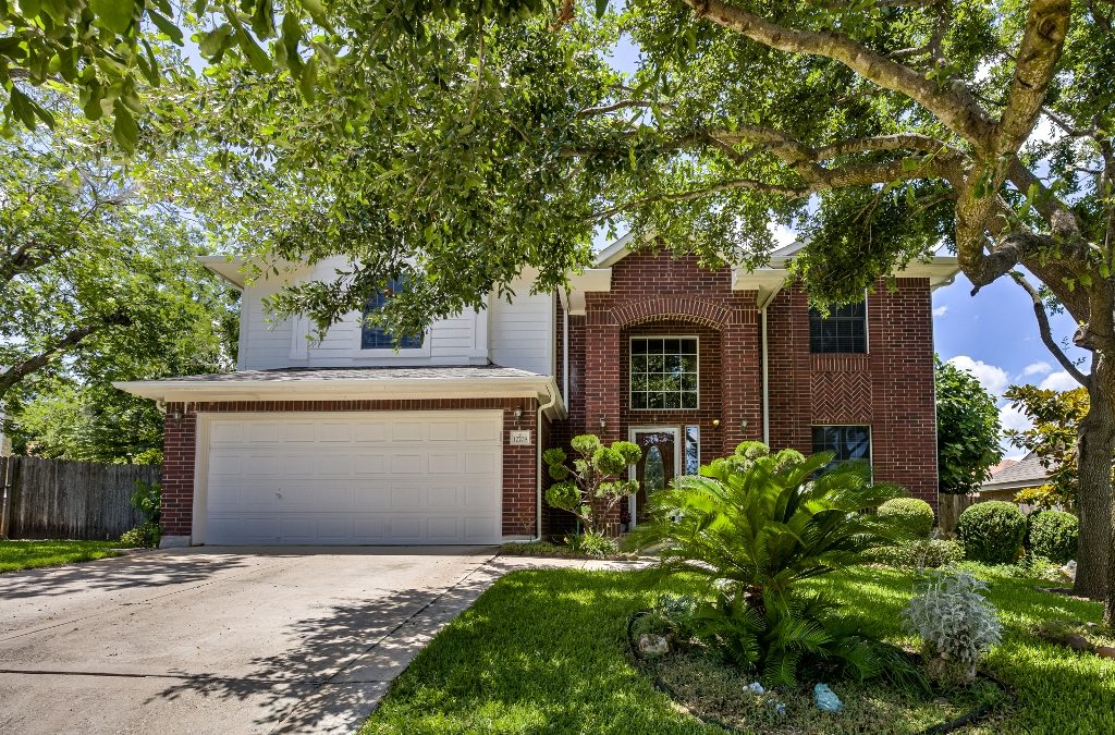 SOLD – 12708 Collindale Cv, Austin, TX 78753 – Harris Ridge