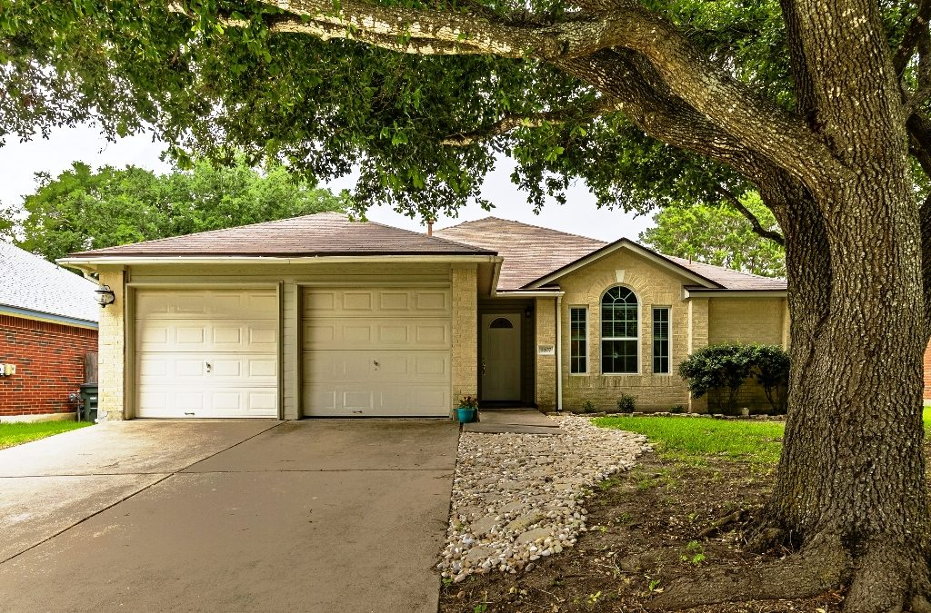 SOLD – 1407 Laurel Glen Blvd, Leander, TX 78641 – Oak Ridge