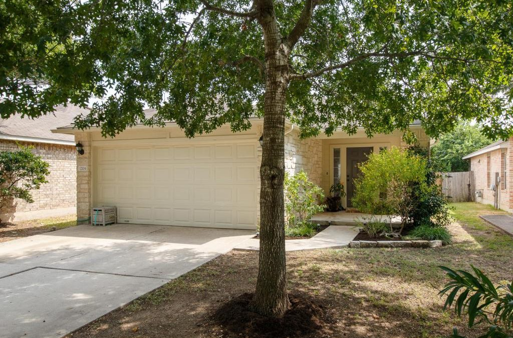 12104 Johnny Weismuller Ln, Austin, TX 78748 – Olympic Heights